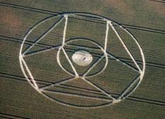 Winterbourne Bassett, Wiltshire | 23rd July 1995 | Wheat | OH 35mm Neg Scan