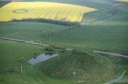 West Kennett Longbarrow, Wiltshire   4th May 1998   Oilseed Rape L 35mm