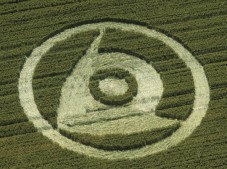 Woodborough Hill, Wiltshire   19th July 2000   Wheat 35mm