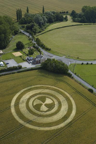 North Newnton, Wiltshire | 13th July 2004 | Wheat L