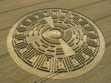 Wayland's Smithy, Oxfordshire | 9th August 2005 | Wheat OH