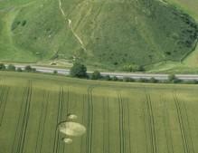 Silbury Hill, Wiltshire   6th July 2000   Wheat L2 35mm
