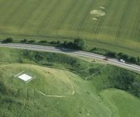 Silbury Hill, Wiltshire   6th July 2000   Wheat L 35mm