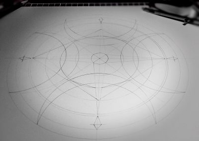 This pencil line drawing shows that the design could be seen as being underpinned by a series of invisible circles