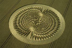 2000_07_22_avebury-trusloe-avebury-wiltshire-wheat-35mm