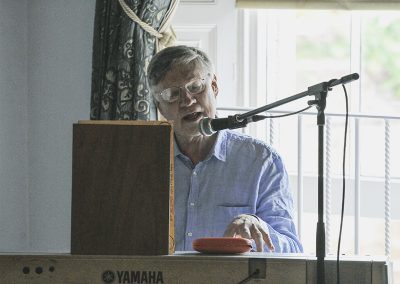 Conference 2019 | Albert Lamb open the Saturday program with an invitation to sing!